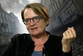 Horká novinka: Světoznámá režisérka točí před okny naší školy