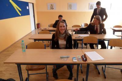 Písemné státní maturitní zkoušky zahájeny