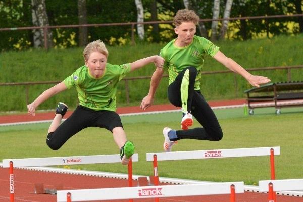 Studují na gymnáziu: Jonáš Kohl - krajský přeborník v běhu přes překážky