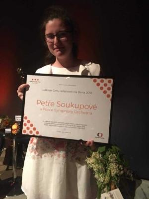 Naše absolventka z 2014 Petra Soukupová držitelkou ceny Via Bona
