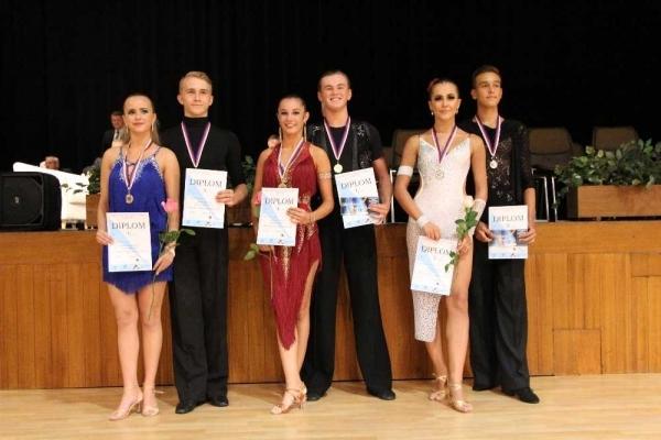 Taneční sport: Sourozenci Novotní -  První zlatá medaile mezi dospělými