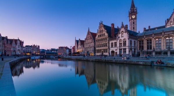 Zájezd 2019: Jedeme do Lucemburska, francouzské Pikardie a Belgie - smlouvy v kabinetě dějepisu
