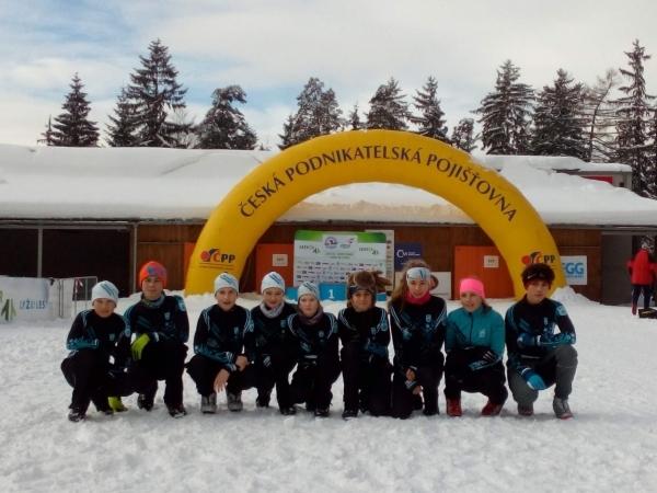 Pohár žactva v běhu na lyžích: Studentky nižšího gymnázia se probojovaly do republikového Poháru žactva ČR
