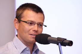 Špičkový novinář Jakub Unger o naší škole