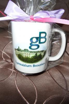 Nadační fond Gymnázia Broumov: Poslední hrnečky v prodeji