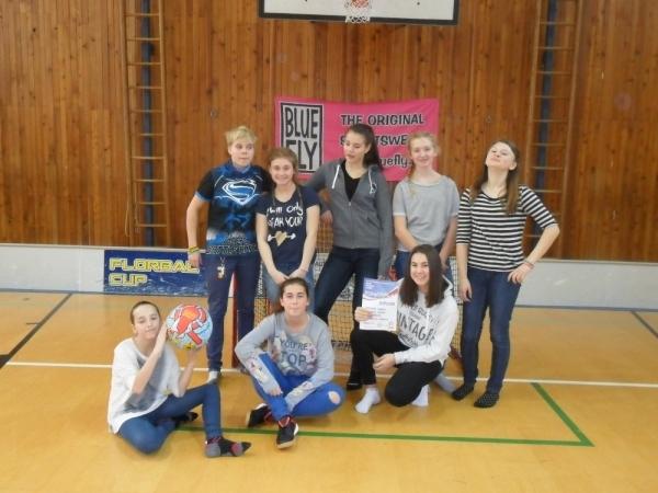 Okresní soutěže ve florbalu proběhly také v kategorii dívek.