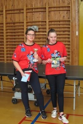 Nečekaný úspěch - stolní tenis: Postup do krajského finále v kategorii starších žákyň