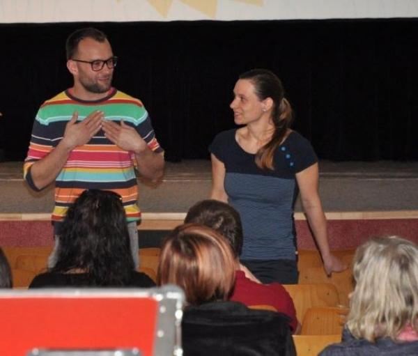 Psali o nás: Poděkování Marii Hornychové a studentům naší školy