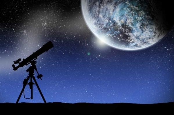Kde jsou nejlepší mladí astronomové Královéhradeckého kraje? Přece na našem gymnáziu.