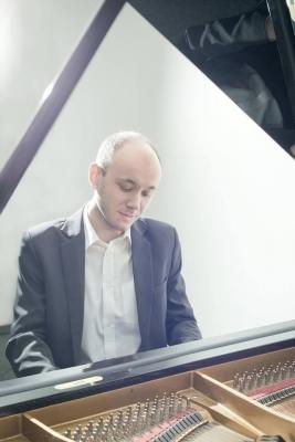Jakub Jirásek, absolvent 2013:  Z našeho gymnázia až na Královskou hudební akademii do Bruselu