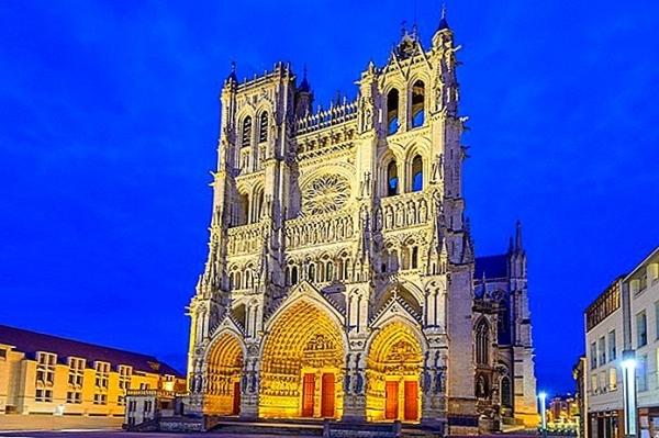Informace pro účastníky zájezdu do Lucemburska, Francie a Belgie