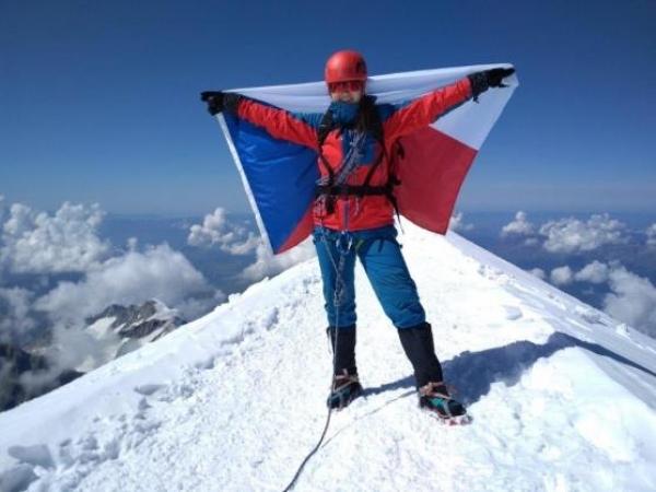 Naše absolventka Martina Joudalová pokořila Mont Blanc