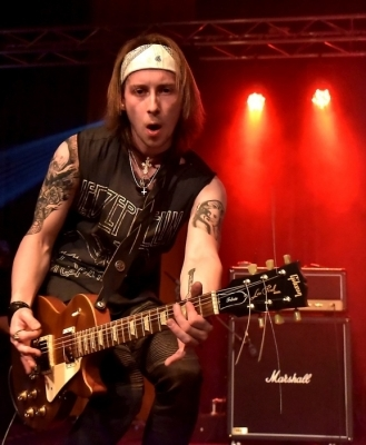 Studovali na gymnáziu: Tomáš Mrština, kytarista kapely Metal Craft