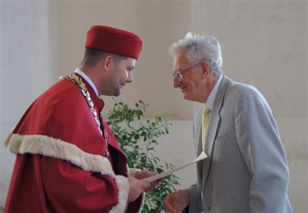 Významní absolventi: Ing. Otakar Pavlík