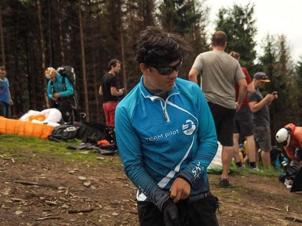 Paragliding: Kvido Hadaš úspěšný i v přeletové lize. Zvítězil hned ve svém prvním závodě.