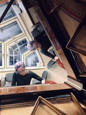 Studují na gymnáziu: Amélie Cvrkalová, talentovaná hudebnice