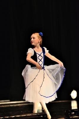 Studují na gymnáziu: Nikola Kleprlíková, prima - Baletní soutěž podruhé