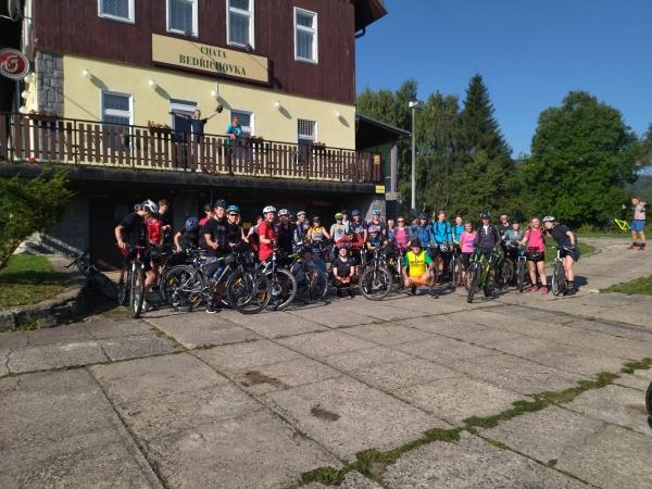 Cyklistický kurz sexty a druháku se konal poprvé v Orlických horách