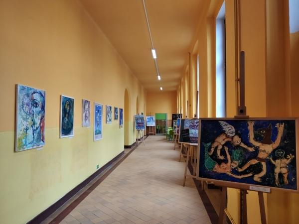 Páteční vernisáží jsme zahájili výstavu obrazů Davida Kubiny