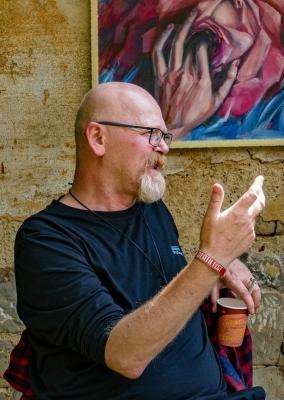 Páteční štafeta: Petr Staněk, učitel výtvarné výchovy našeho gymnázia