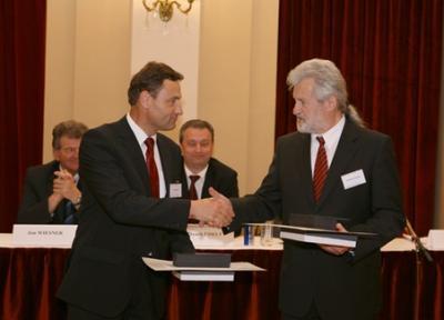 Absolvent našeho gymnázia druhým nejlepším manažerem ČR 2009