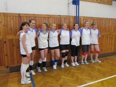 Volejbalistky - 5.místo v okresním finále