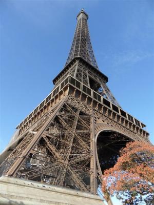 Infoschůzka - Paříž - úterý 19.4.- velká přestávka- 48D