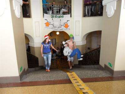 Vánoční běh do schodů